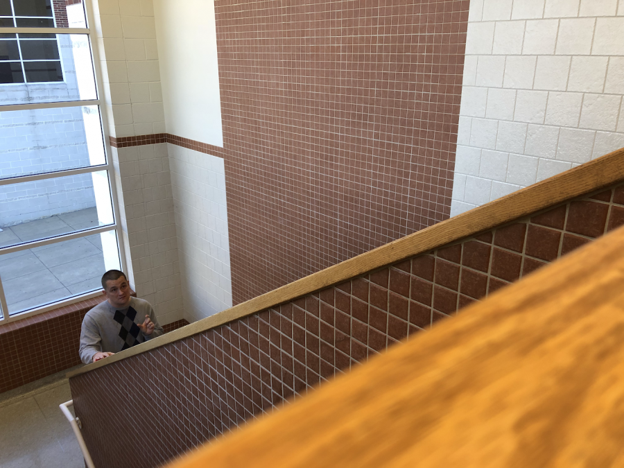 New Perspectives  Psychology and AP World History Teacher Mr. Vestal is trying a new tactic to help his students learn- walking lectures. By moving his students out of the classroom and around the school to new places, Vestal is utilizing his school in a way no teacher has ever done before.