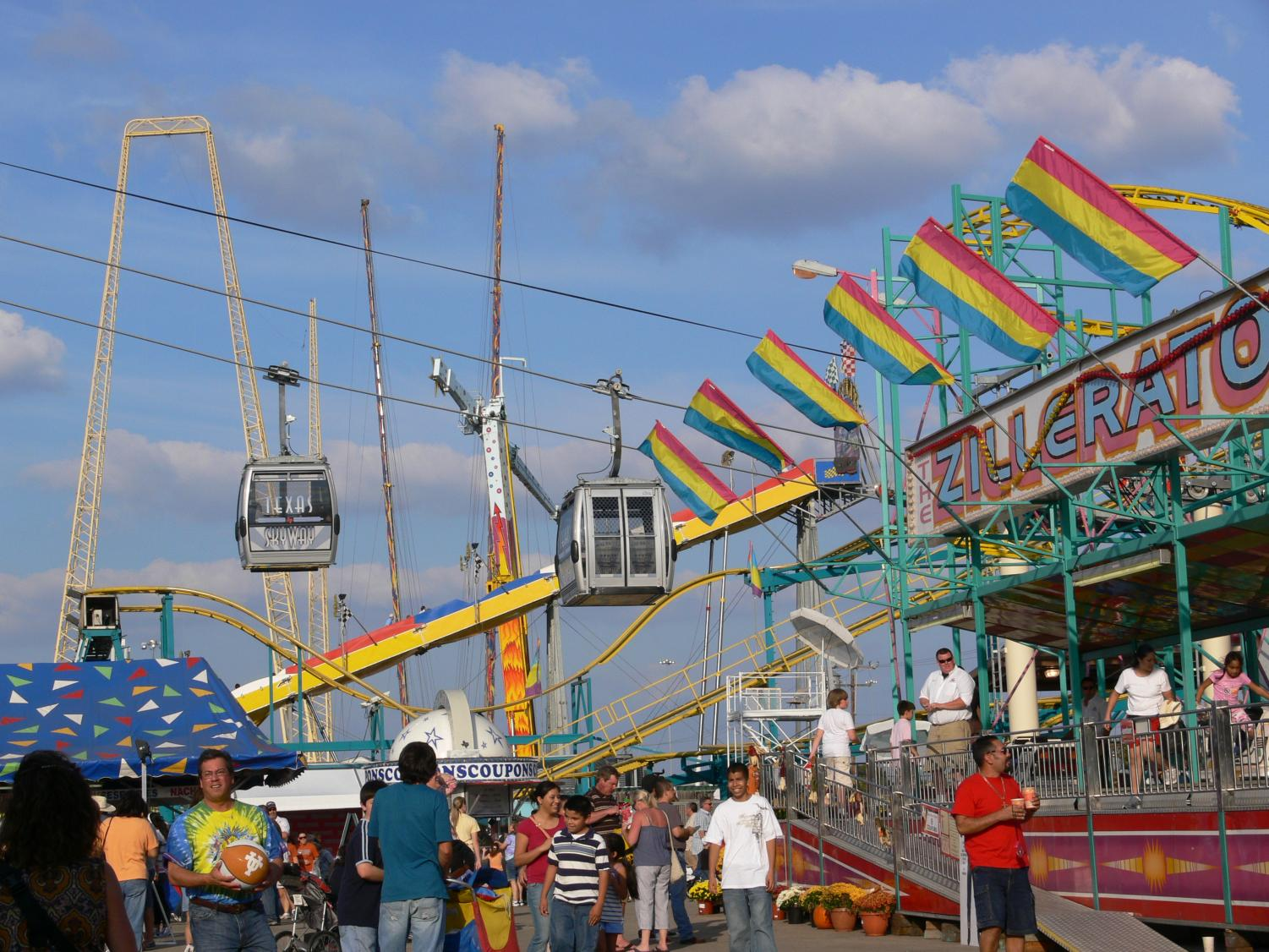 A 133-year-old Tradition// The State Fair of Texas has returned and added more new attractions to it's repertoire. Photo by  Andreas Praefcke from commons.wikimedia.org