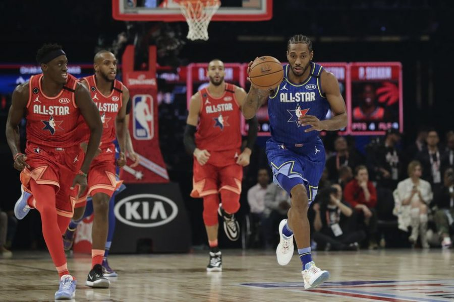 On the Drive //Kawhi Leonard of the Los Angeles Clippers drives during the first half of the NBA All-Star basketball game Sunday, Feb. 16, 2020, in Chicago. AP.